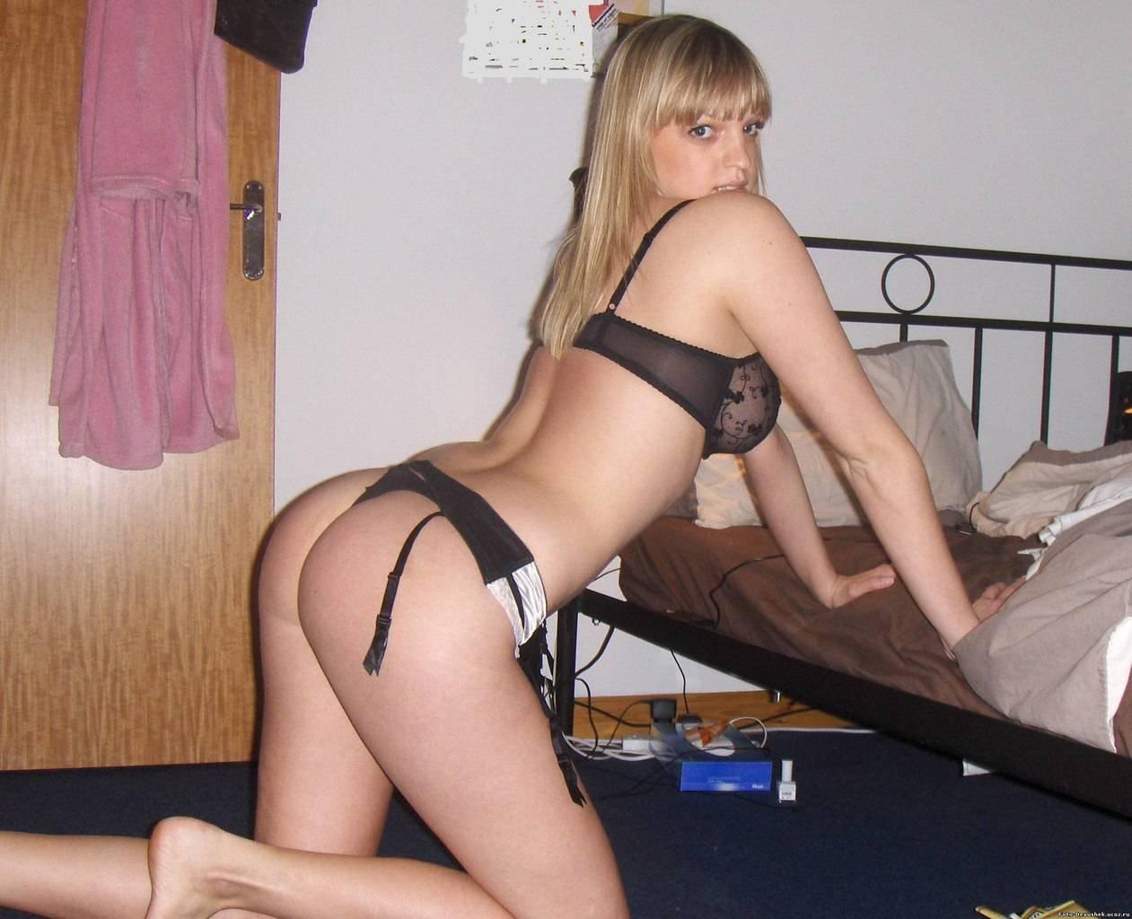 Шлюхи Проститутки Бляди В Эротичном Нижнем Белье