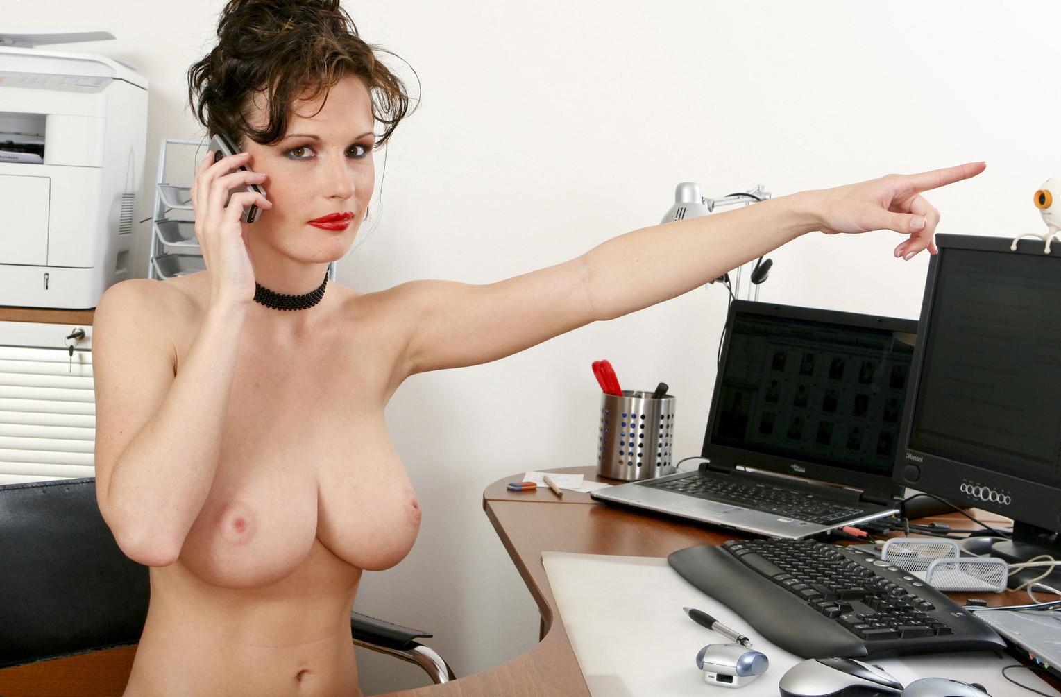 Голые На Работе Онлайн