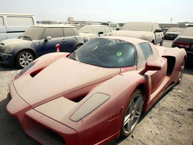 Вся правда о брошенных суперкарах Дубая