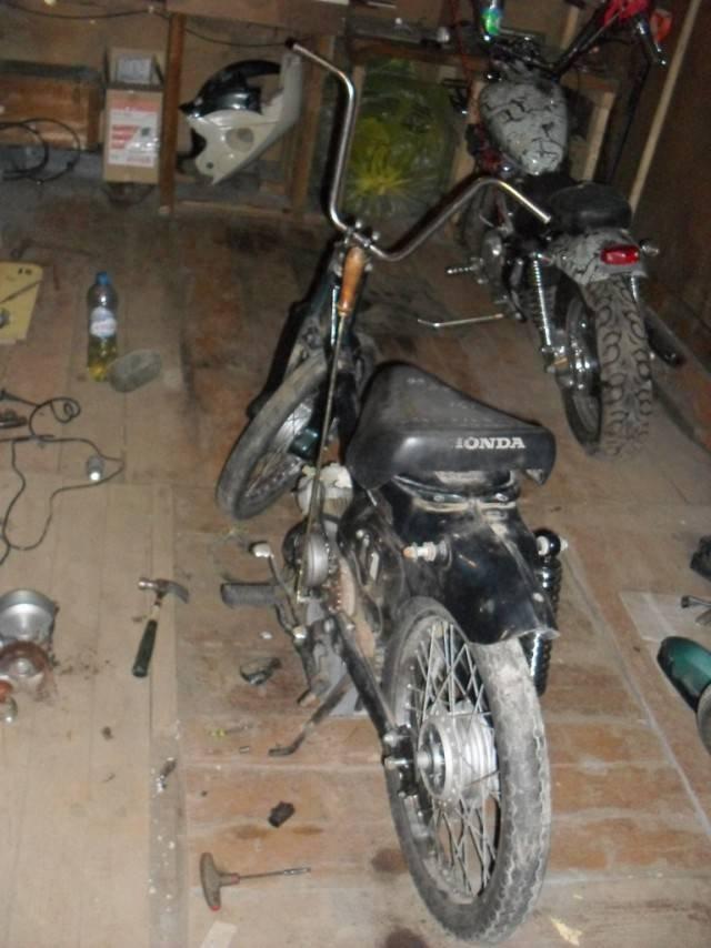1442640960 kastom moped honda super cub 3