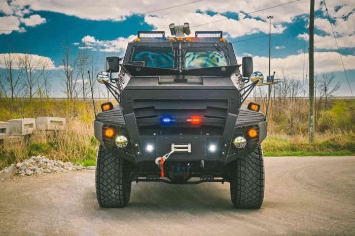 1444972822 10 samyh bronirovannyh avtomobiley premium klassa 7