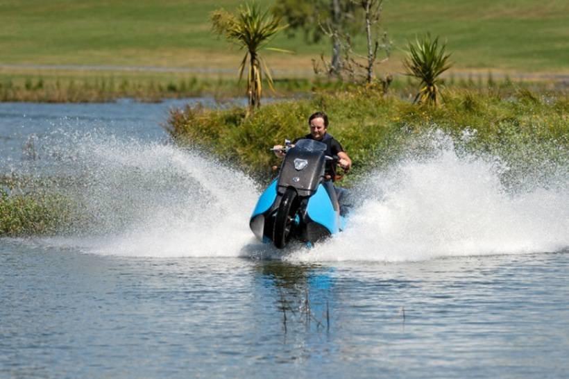 1445490220 vysokoskorostnye amfibii motocikly 17