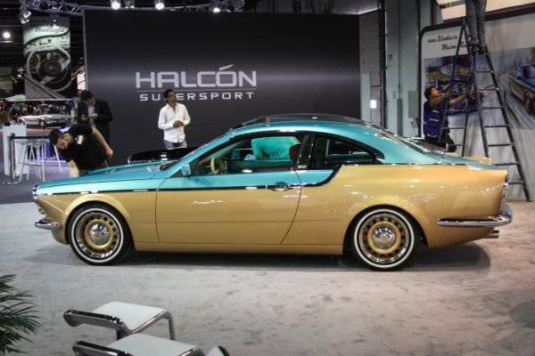 1447222050 na avtosalone v dubae predstavili rossiyskiy avtomobil bilenkin vintage 3