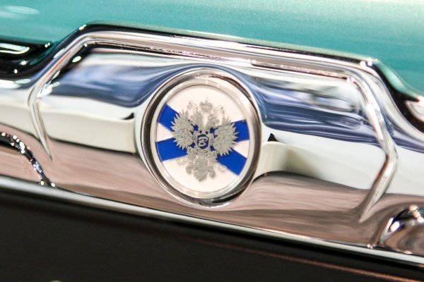 1447222051 na avtosalone v dubae predstavili rossiyskiy avtomobil bilenkin vintage 14