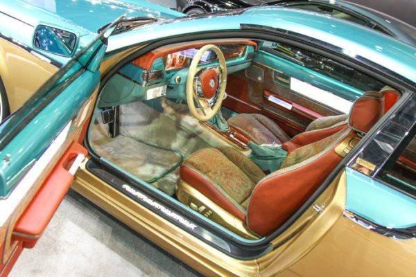 1447222051 na avtosalone v dubae predstavili rossiyskiy avtomobil bilenkin vintage 4