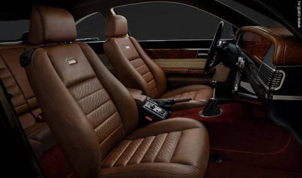 1447222131 na avtosalone v dubae predstavili rossiyskiy avtomobil bilenkin vintage 18
