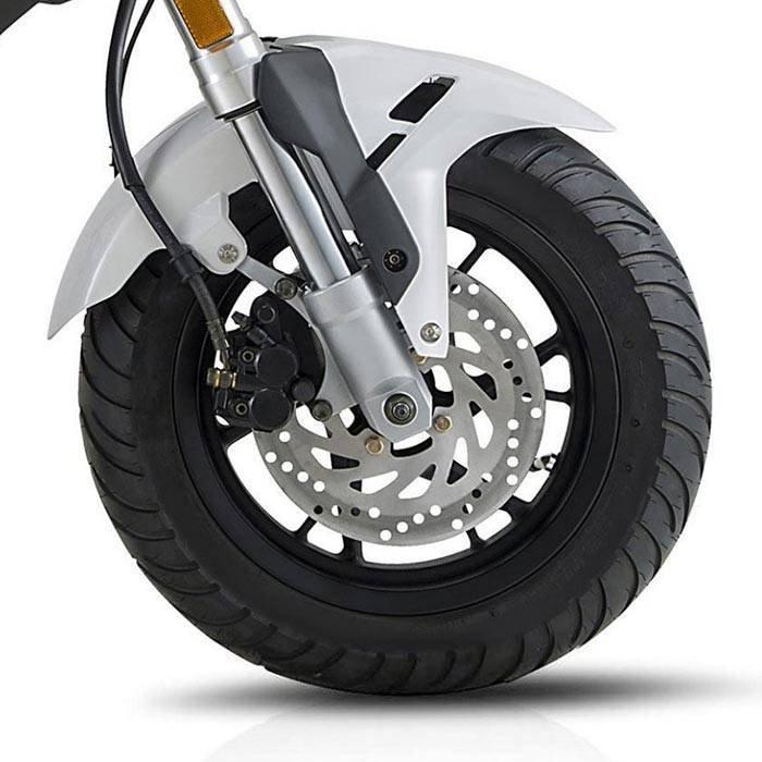 1449035324 motocikl benelli tornado naked t 4