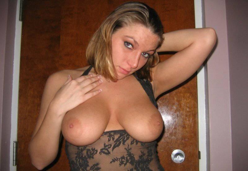 голые большие груди любительское фото