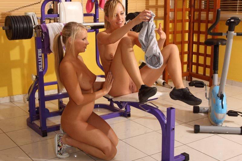 smotret-erotiku-eroticheskiy-sportzal