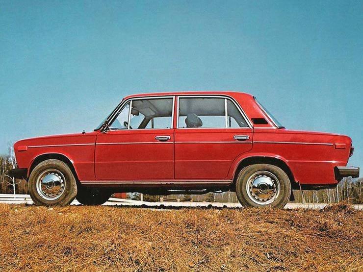 1454471300 samye populyarnye sovetskie avtomobili na zapade 4
