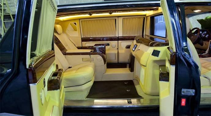 1455161681 limuzin kotoryy ne ponravilsya putinu prodayut za 12 milliona dollarov. 5