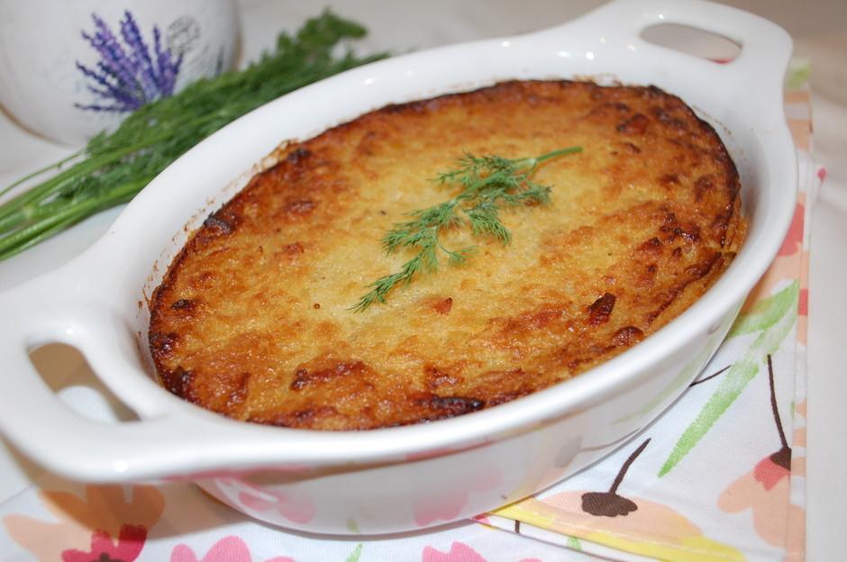 Запеканка из тертого картофеля с грудинкой