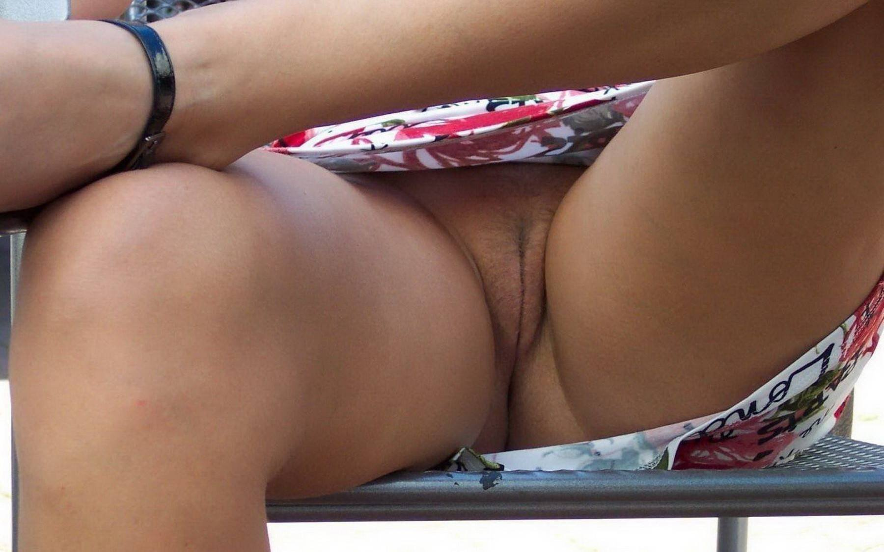 Upskirt voyager free vids — photo 14