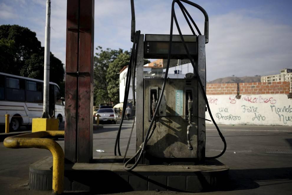 1457418575 ceny na benzin v raznyh stranah mira 17