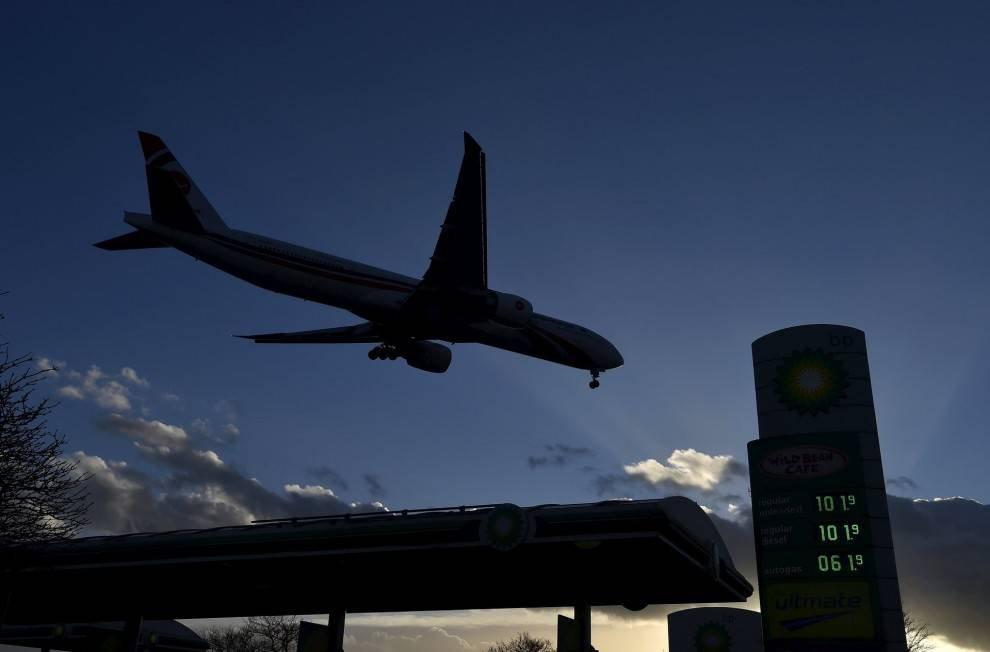 1457418604 ceny na benzin v raznyh stranah mira 16