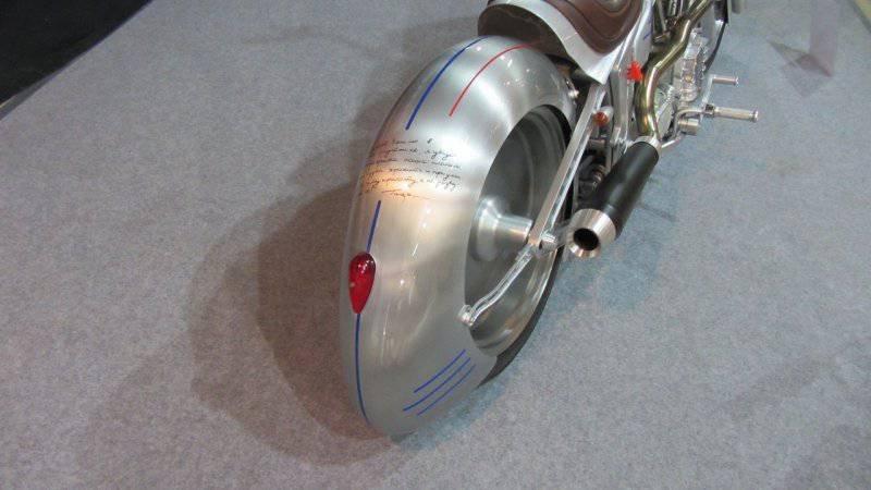 1461655420 unikalnyy kastomnyy motocikl yuriy gagarin 3