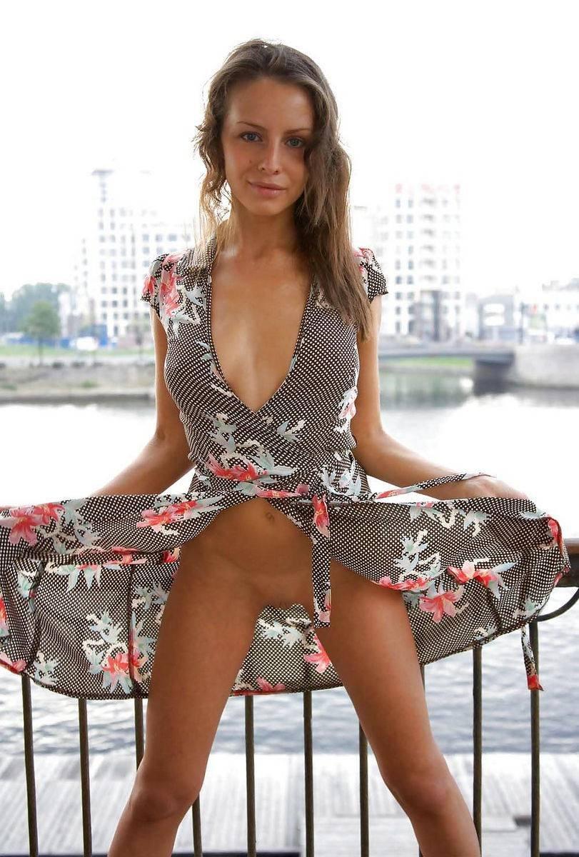 russkie-fotomodeli-bez-trusov