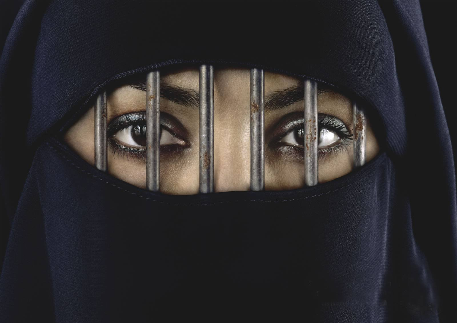 islam is best society for women I was wondering if muslim women are allowed to work outside of their home are there conditions where it is allowed what if the husband's income isn't enough for the family.