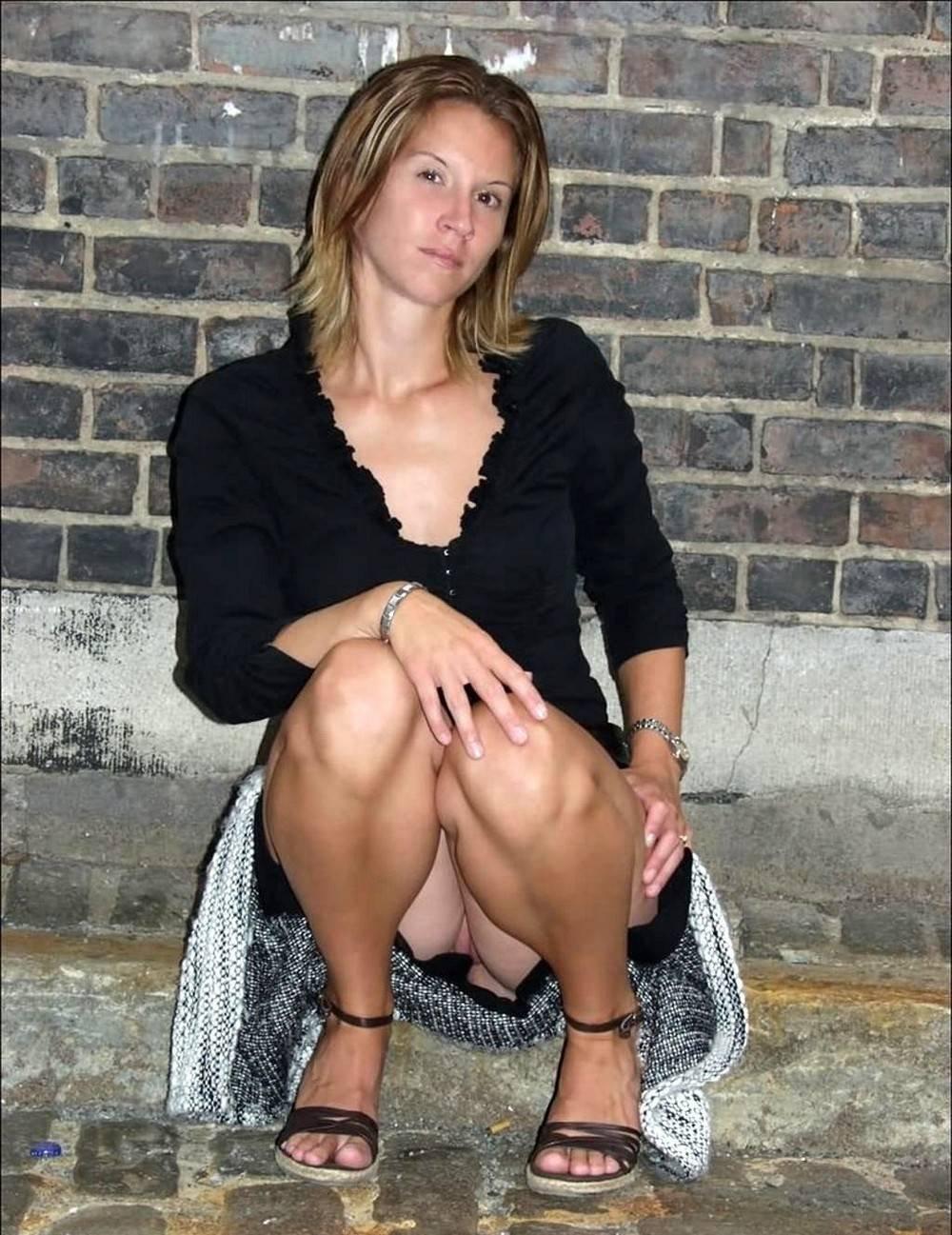 Mini skirt nude mom