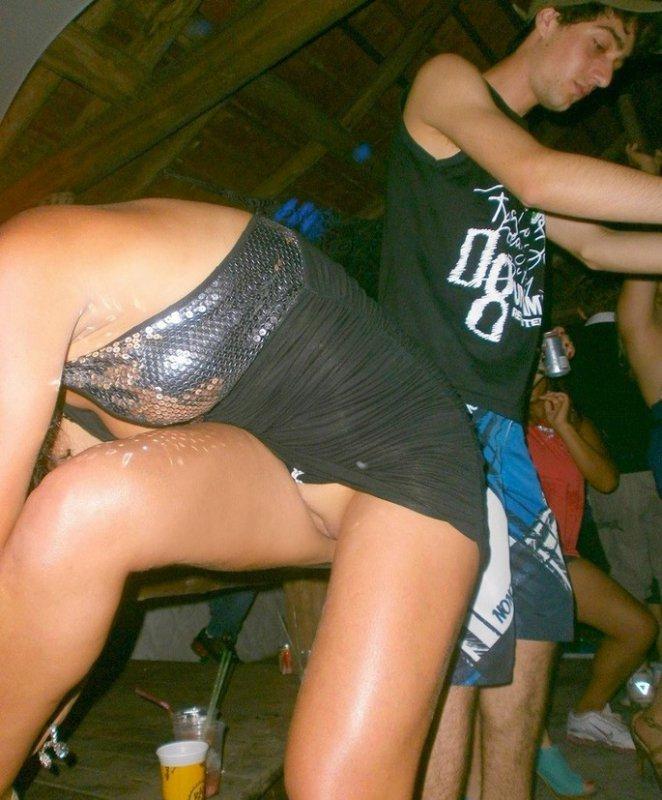 Русская дискотека без трусов, фото голых телок писающие