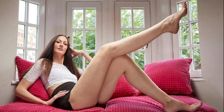 Девушки с длинными ногами порно #10