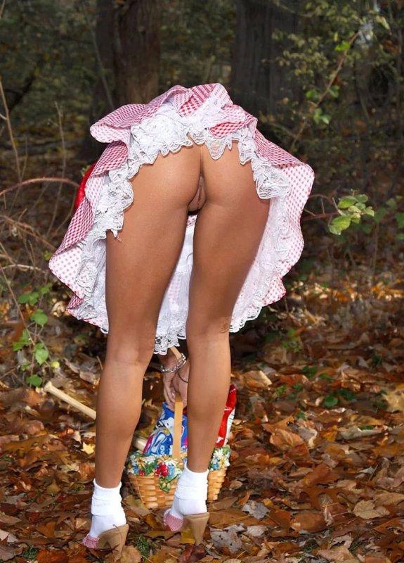 Под юбкой без трусиков эротика фото эротическое фото — 8