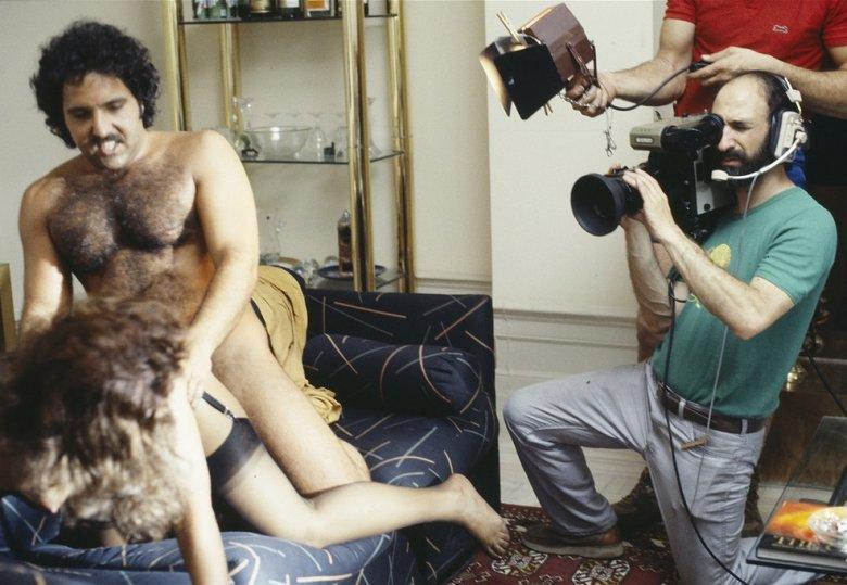 Порно лесбиянки крупным планом бесплатно фото