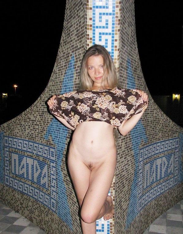 Личные порно фото пользователей жена в платье без трусиков — photo 6