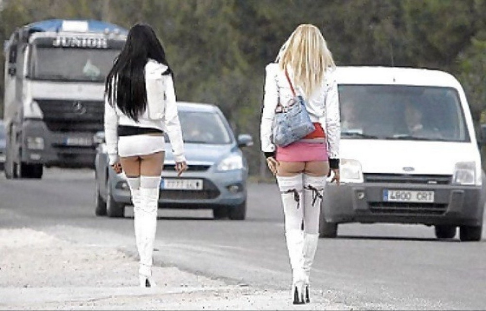 Проститутка придорожная фото проститутки с химок