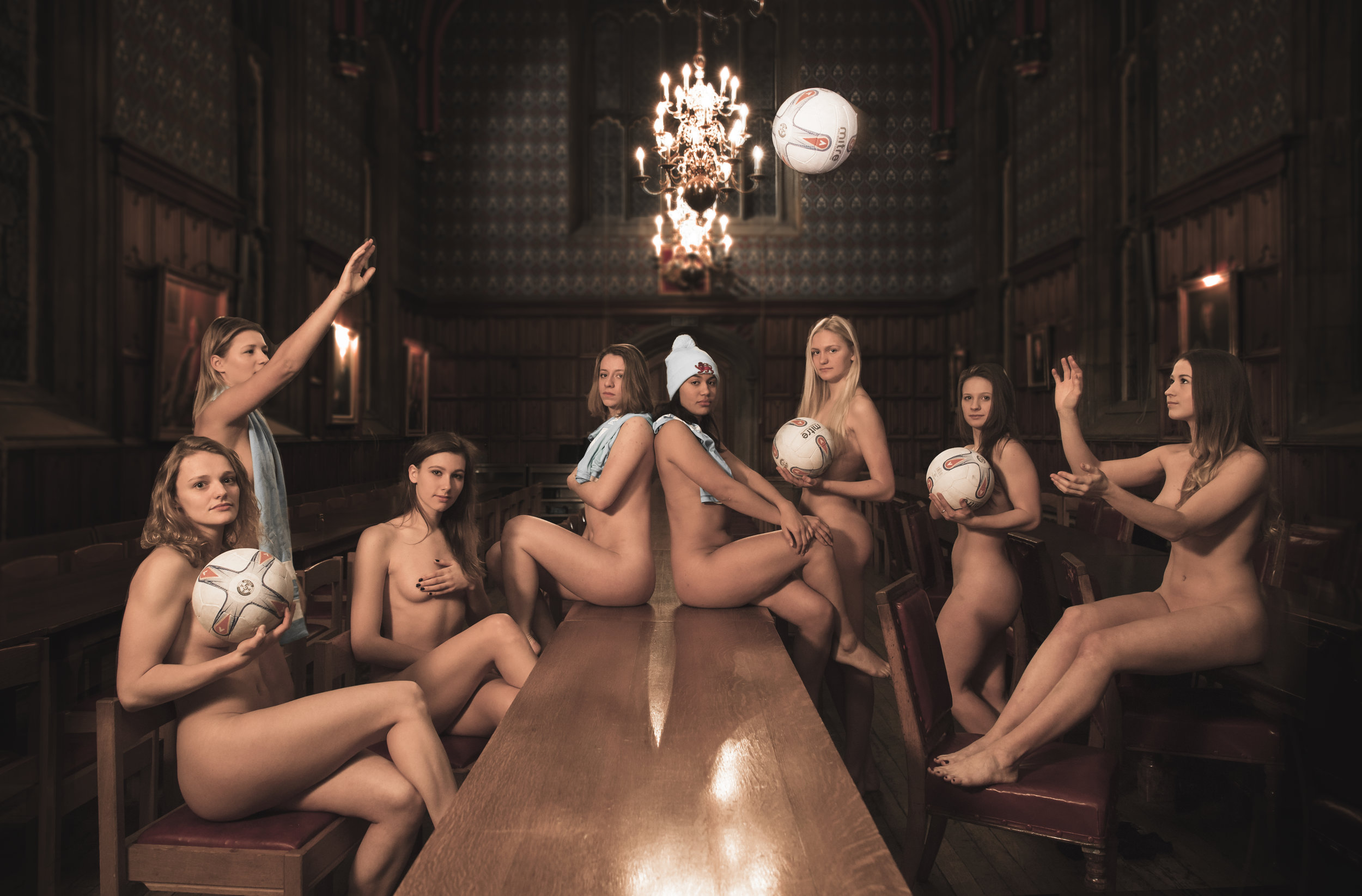 Massey University Vet Students Strip Off For Nude Calendar