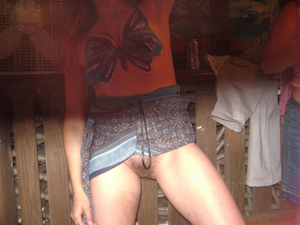 Случайные обнажения интимных мест девушек фото — pic 1