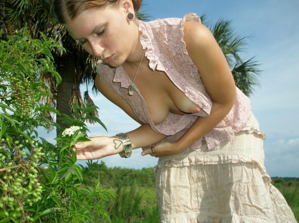suchki-zasvet-molodih-na-prirode-nomera-seks-znakomstv