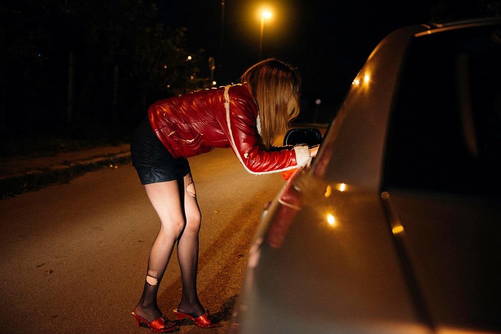 Снял русскую проститутку на дороге онлайн смотреть смотреть фильм проституток