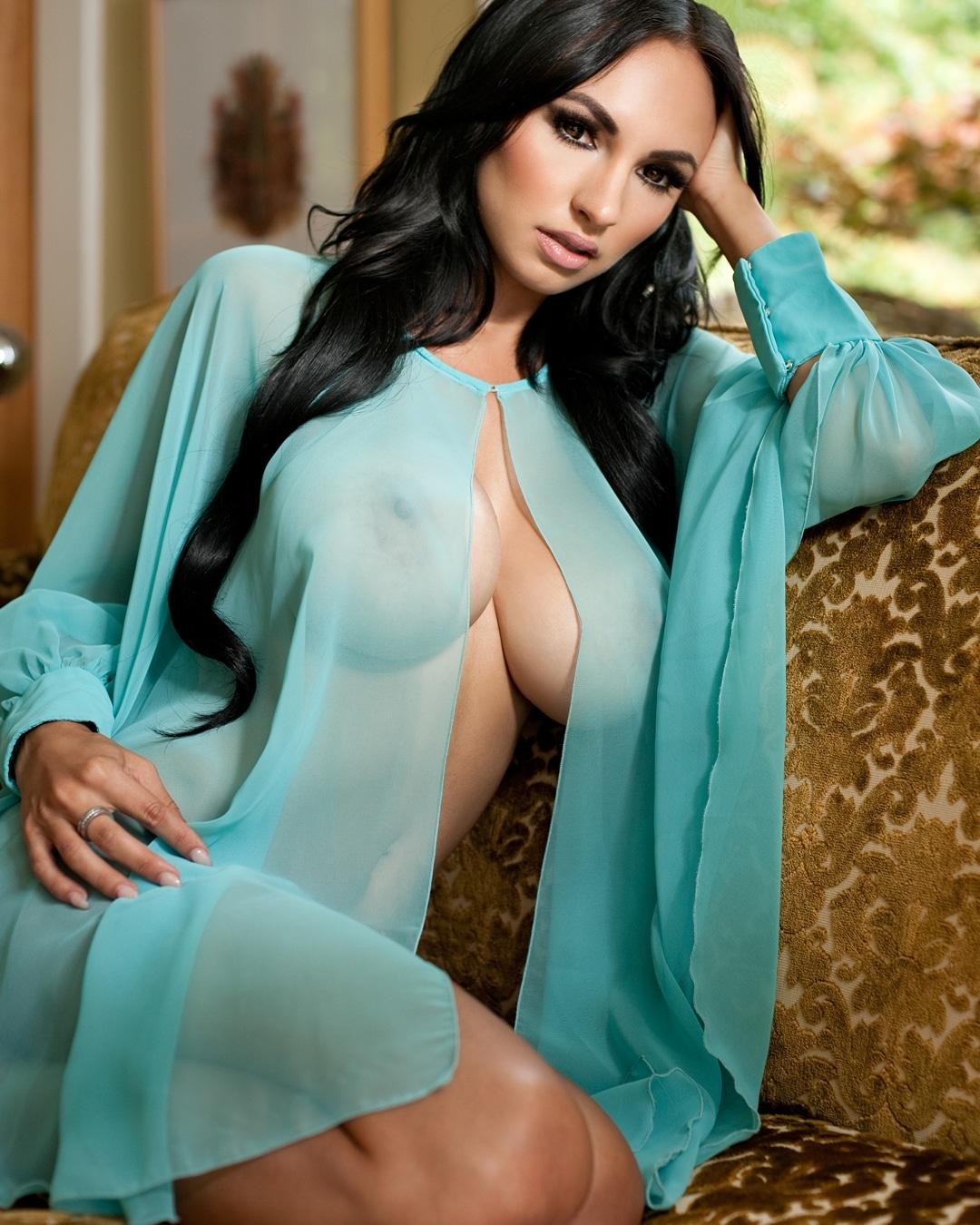 Iryna Ivanova Nude Pics