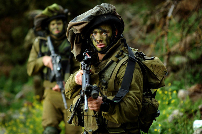 Что за мешки на головах израильских солдат С миру по нитке