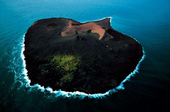 Запретный остров С миру по нитке