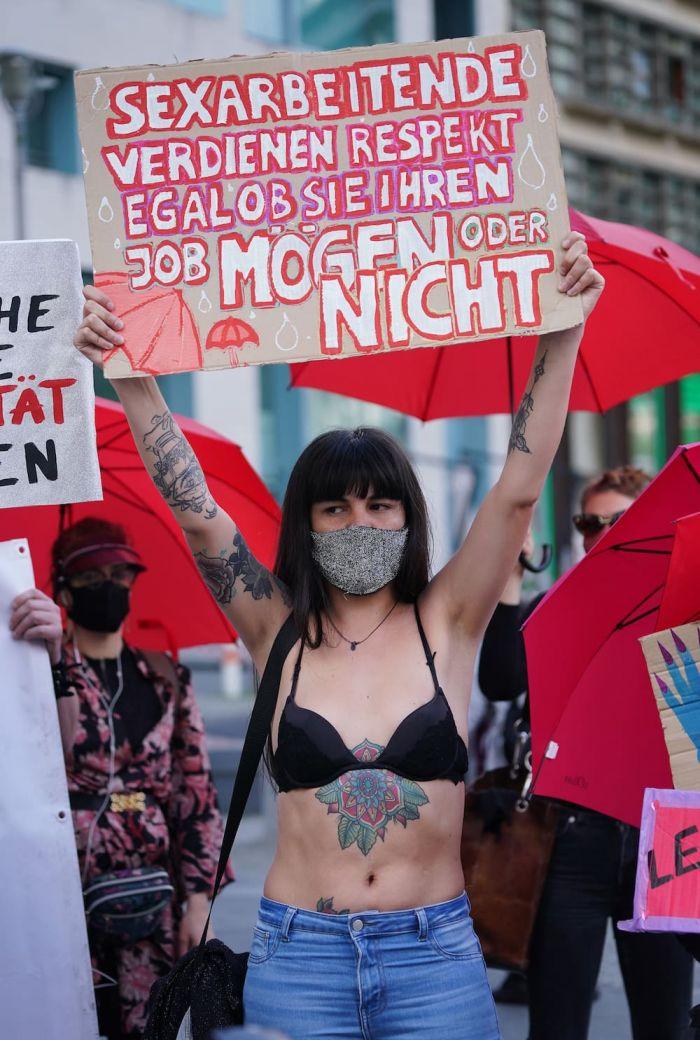 Бастуют проститутки клеймом проститутки