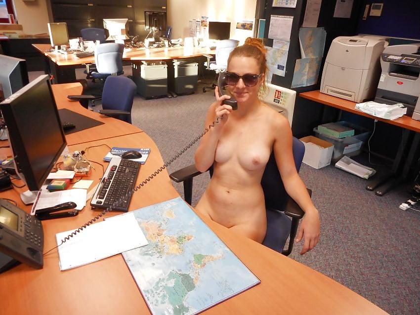 Voyeur Topless