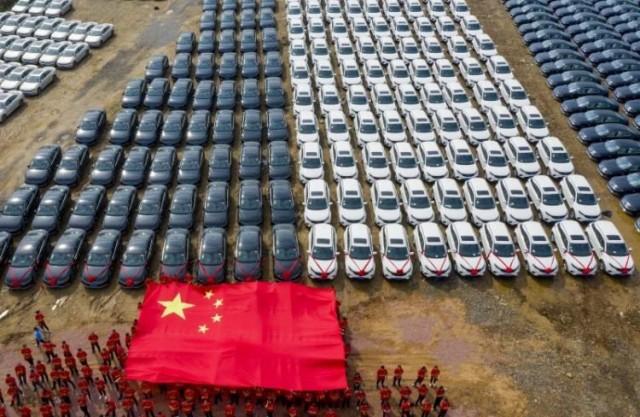 Китайская компания подарила сотрудникам 4116 автомобилей С миру по нитке