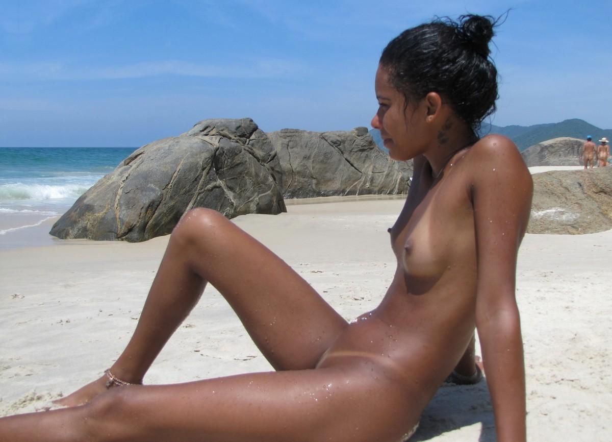 Free Sexy Bikini Pics