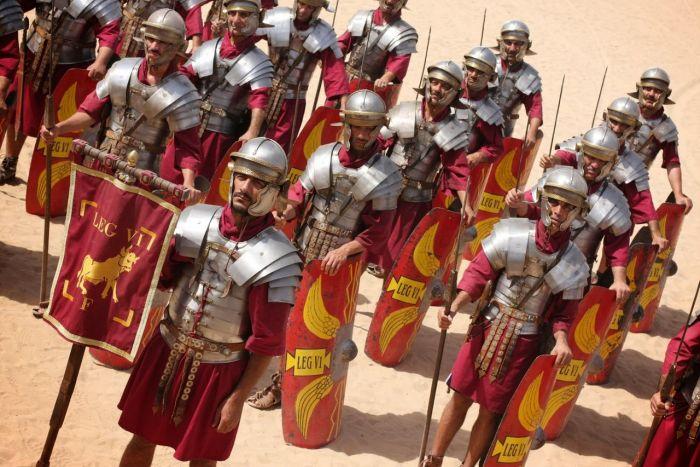 Почему доспехи римских легионеров не защищали руки и ноги С миру по нитке