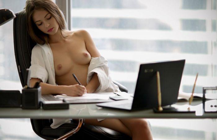 Девушки которым скучно на работе, часть 73 Много девушек (+18)