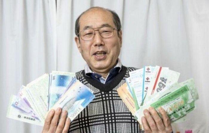 О японце, который на протяжении 36 лет живёт на одни купоны С миру по нитке