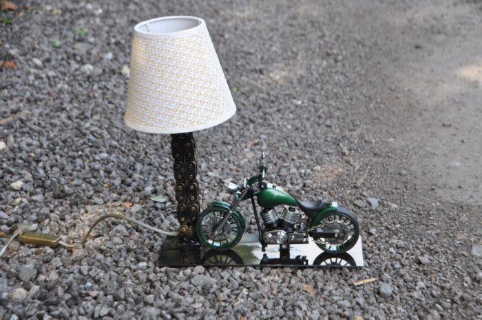Настольная лампа Как это сделано