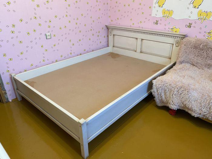 Кровать из массива дуба и ясеня в трёх исполнениях Как это сделано