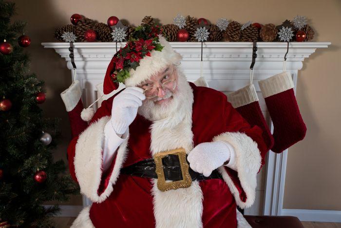 Полиция Огайо закрыла киоск, в котором Санта-Клаус занялся групповым сексом С миру по нитке