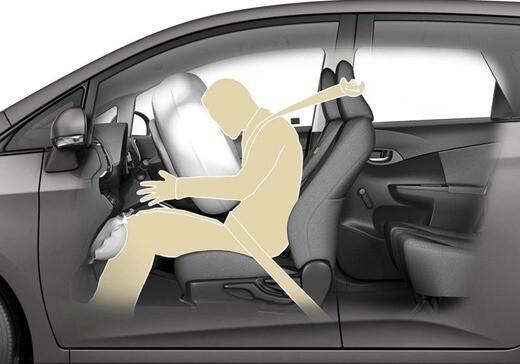 Мифы о ремнях безопасности Авто/Мото