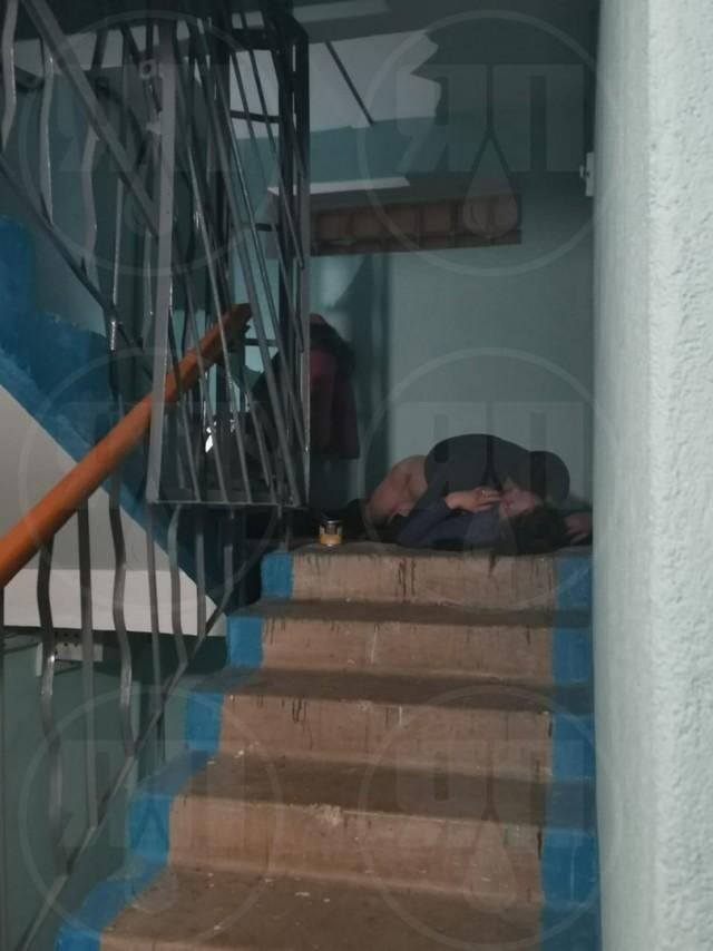 Молодую пару из Башкирии застали за сексом в подъезде жилого дома С миру по нитке