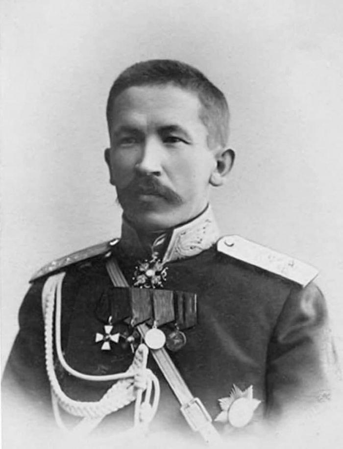Приключения трупа генерала Корнилова С миру по нитке