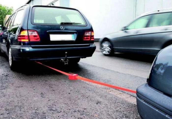 Почему водители снимают крюк с буксировочного троса Авто/Мото